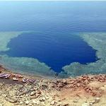Overview of the Blue Hole beach, it's a really virgin place away from civilization