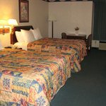 Plano Days Inn & Suites