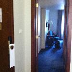 la porte entre salon et chambre a coucher