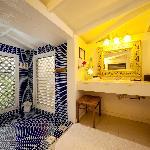 Sand Dollar Cottage Bathroom
