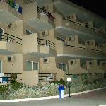 Корпус отеля-4 этажа