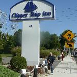 Clipper Ship Entrance