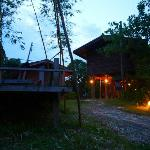 Le lodge by night