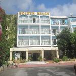 Photo de Golden Beach Hotel