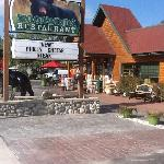 Woodwinds Restaurant