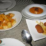 crocchette e patatas bravas
