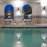 CountryInn&Suites Milford Pool