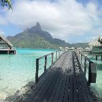 Caminho para os overwater bungallows