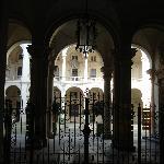 ingresso di palazzo saluzzo