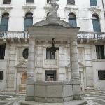 Impressive courtyard well-head