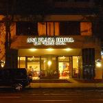 Photo of Ani Plaza Hotel