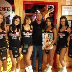 Foto de The WingHouse Bar & Grill