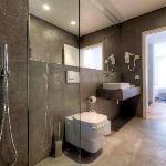 Casa de banho de um dos quartos