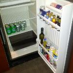 Fridge & Mini Bar