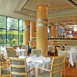 Venit-tre restaurant - open kitchen view