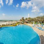 Photo de Coral Beach Resort Sharjah