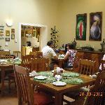 Breakfast area in action(2)