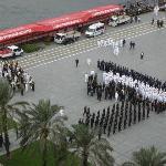Der Beginn einer Parade auf dem Kemal Atatürk Platz am 28.10.2012