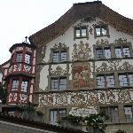 Otra bella casa antigua con sus cristales originales