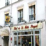 Hotel front on Ave. de La Motte Picquet