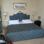 Bedroom/lounge area of room 211
