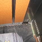 Suelo y agujero del ascensor que funcionaba
