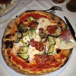 Pizza ortolana + salame piccante