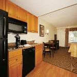 Standard King Efficiency with Fully Equipped Kitchen and Balcony