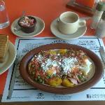 Huevos Motulenos, check the plantains