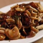 Local mushrooms with garlic, jus de veau & parsley