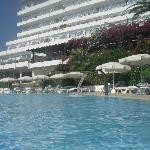 Pool & Hotel.