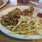 Fried Clams & Freedom Fries Lunch Plate