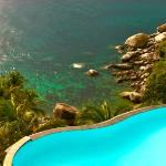 Infinity Edge Pool On The Rocks