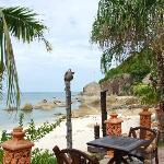 Resting area between beach & pool