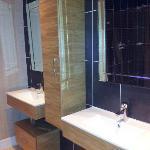 Twin sinks in the huge shower room