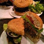 huge burger.. delicious!!