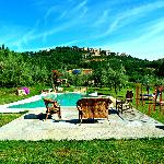 Pool mit Blick auf Montepulciano