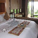 Grand Deluxe Villa bed room