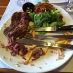 viande demandée saignante : dure comme du carton.