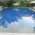 The swimming pool, divine!
