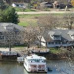 view of the restaurant, boat & motel from Lowden State Park