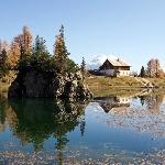lago federa e rifugio Croda da Lago Palmieri