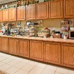 CountryInn&Suites Summerville BreakfastRoom