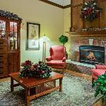 CountryInn&Suites Zion Lobby