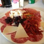 prato de frios na trattoria rosalia