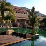 Photo de Phuket Kata Resort