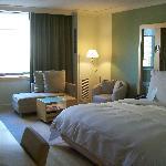 Nice room! Plush bed!!