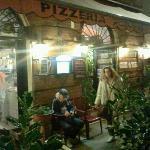 pizzeria pompeiの写真