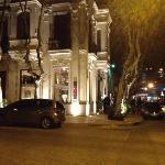 Vista en la noche del restaurante
