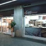 Obrador y Tienda-Cafetería